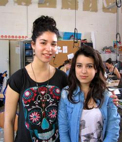 18 ans, étudiantes en 1ère année du BTS Communication et Industries Graphiques de l'Ecole Estienne