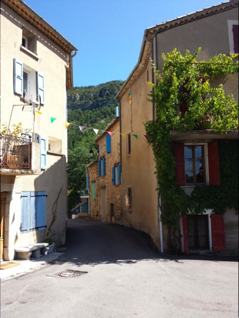 Saint-Julien du Verdon, un village typique de Haute-Provence